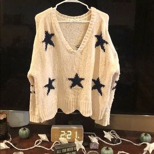 Entro size Large distressed sweater